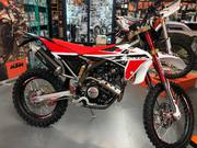 Fantic XEF 125 Competition (4)